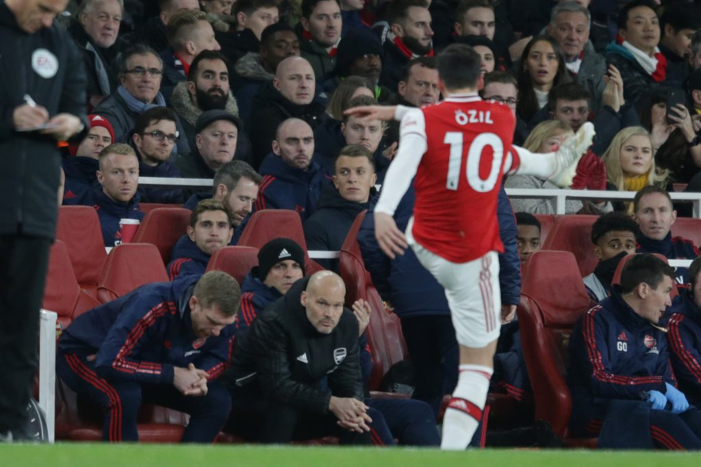 Микель Артета отказывается исключать возвращение Месута Озила в состав «Арсенала» в следующем году.