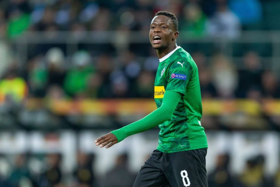 Man United & Chelsea latest Premier League sides credited with interest in Denis Zakaria