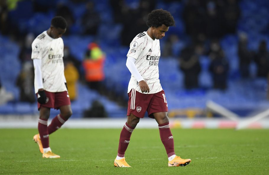 Arsenal jump to defence of Willian after Brazilian reveals racist social media abuse